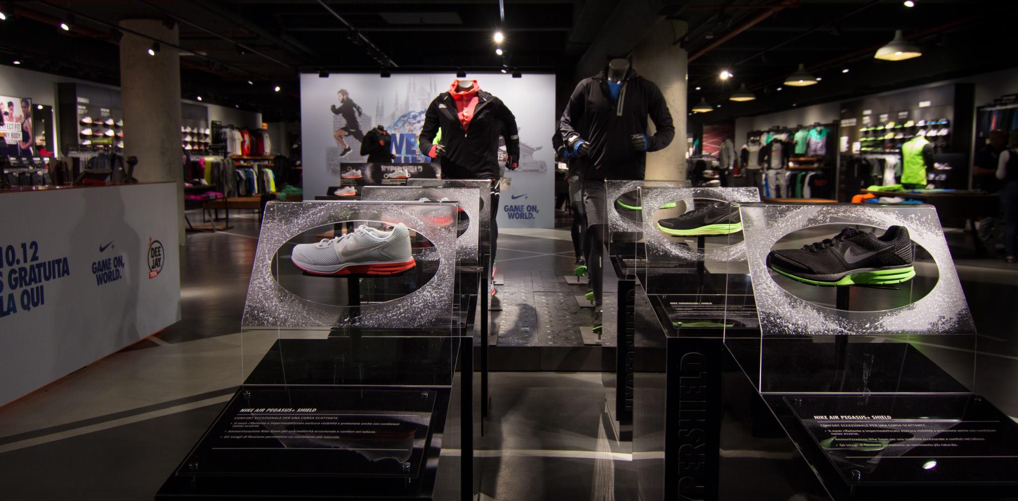 Fisica cera visivo  NIKE STORE Milano – Stazione Centrale - IMST Progetti